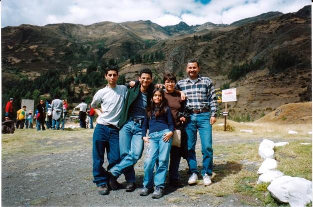 Mi familia, disfrutando en Huaraz